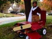 Halloween: Amelia and her plane
