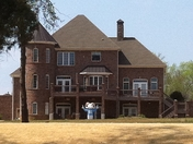 Sapona Country Club House Cheers On Heels
