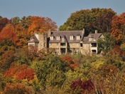Bothwell Lodge in the Fall