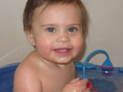 Sarah's Happy Bathtime