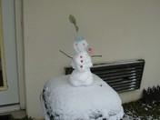 brief storm leaves Snowman in Mississippi