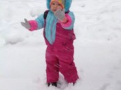 alex playimg with the snow