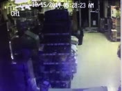 Deer breaking into Agway store in York PA