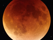 Supermoon lunar eclipse of September 27, 2015