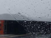 High winds and rain on I-580 S