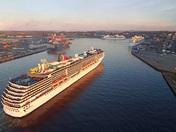 The Busy Port of  Saint  John