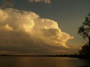 clouds at lake manawa
