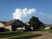 Huge cumulus cloud NE of Moore