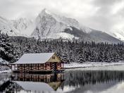 Maligne Lake Winter