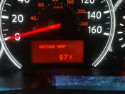 Hot temp on Tues 3p