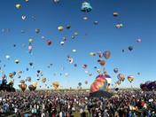 Panoramic of Saturday at balloon fiesta