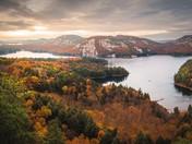Peak fall colours at killarney provincial park