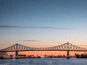 Sunrise over Jacques-Cartier's bridge