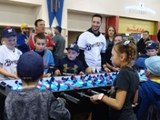 Ryan Braun and young baseball fans!