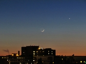 Crescent Moon and Venus behind MMC