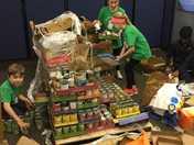Oakview Elementary Donates 8,200 food items