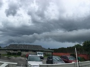 Cool (disorganized,Twisted) Roll Cloud W/ wavy clouds in background