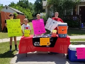 Lemonade stand for papa
