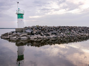 Aylmer marina lighthouse