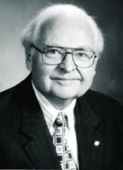 Willard_Andrews, Jr.