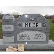 Neer-Barn Monument