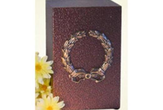 $Simplicity Wreath