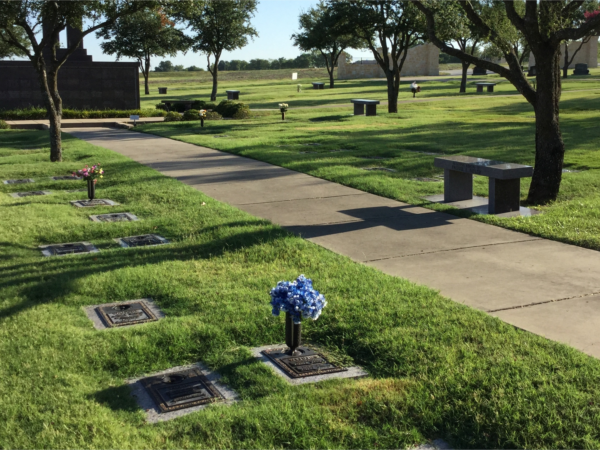 Tour Our Grounds | Rest Haven Funeral Home - Rockwall, TX