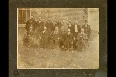GROUP OF TENNESSEE MEN