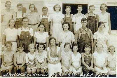 SEPT. 1935 SMOTHERMAN SCHOOL GRADES 1-8