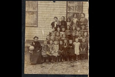 ca. 1904 WHITE HOLLOW SCHOOL, BOUNDS, WAYNE COUNTY, MISSOURI