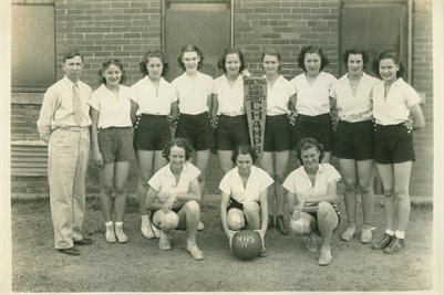 1938 MILLSAP, TEXAS GIRLS BASKETBALL CHAMPS