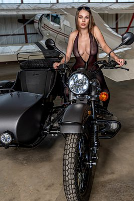 Hailey_motorcycle_2