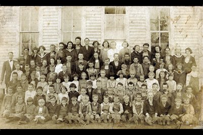 1922 Walnut Grove School, Marshall County, Kentucky