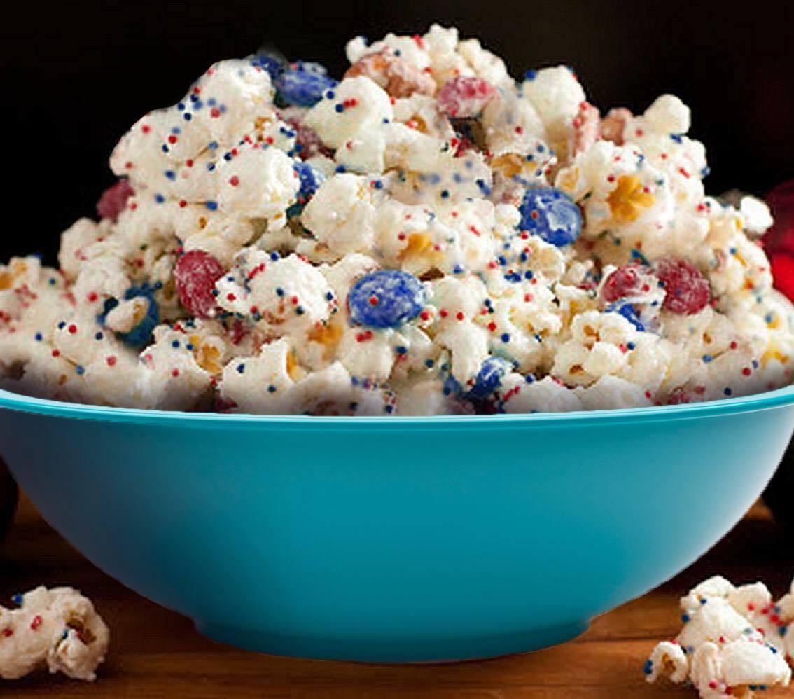 Cestari Kitchen Microwave Popcorn Popper Makes Patriotic Popcorn