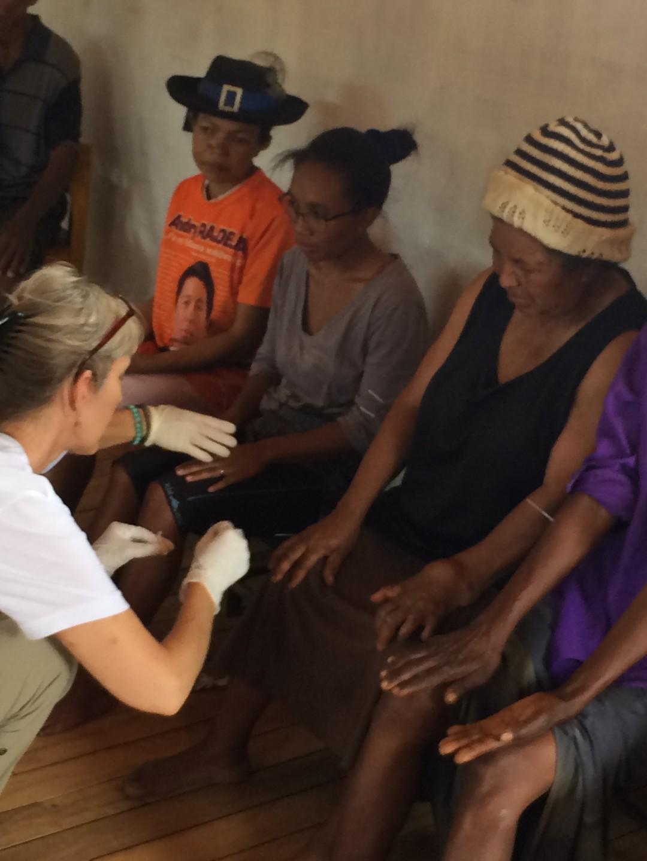 Volunteer Acupuncture in Madagascar, Johanna Utter, L.Ac., FABORM in Davis, CA