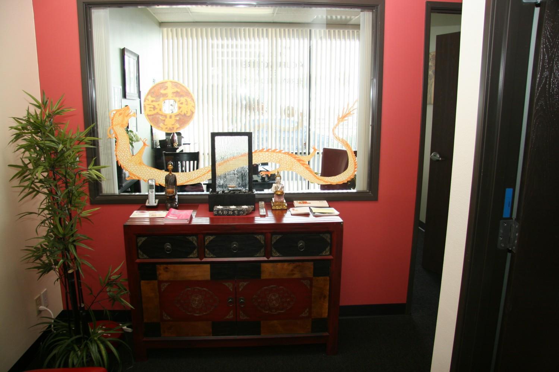 Elizabeth Weldon offers Acupuncture in Ventura, CA