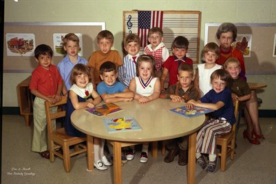 (PHOTO4 ) FIRST BAPTIST CHURCH KINDERGARTEN MAY 24, 1971