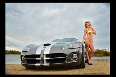 Model Shawna Roberts with a Viper 3