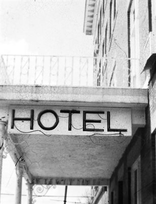 Historic Lowe Hotel: Photo Collection