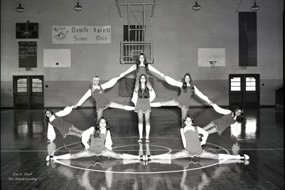 (PHOTO1) OCT. 30 1973 LOWES HIGH SCHOOL CHEERLEADERS