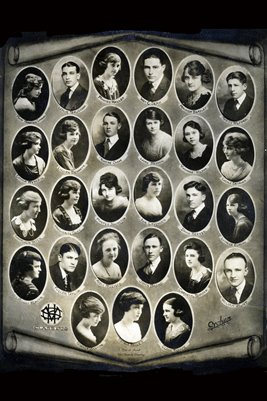 1920 Mayfield High School Senior Class
