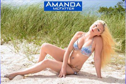 MODEL AMANDA MCFATTER - 04