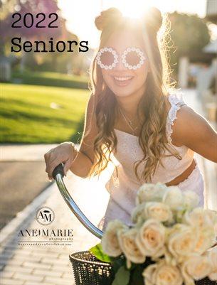 2022 Senior Magazine