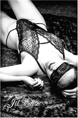 Poster: Jil Elise in Black Lace