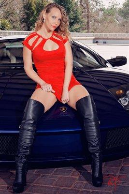 Ashley-Lamborghini-3
