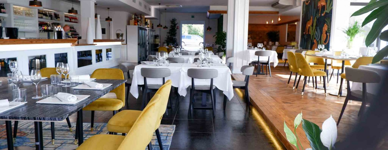 FLOOR Restaurant & Rooftop Bar a Bardolino, Verona