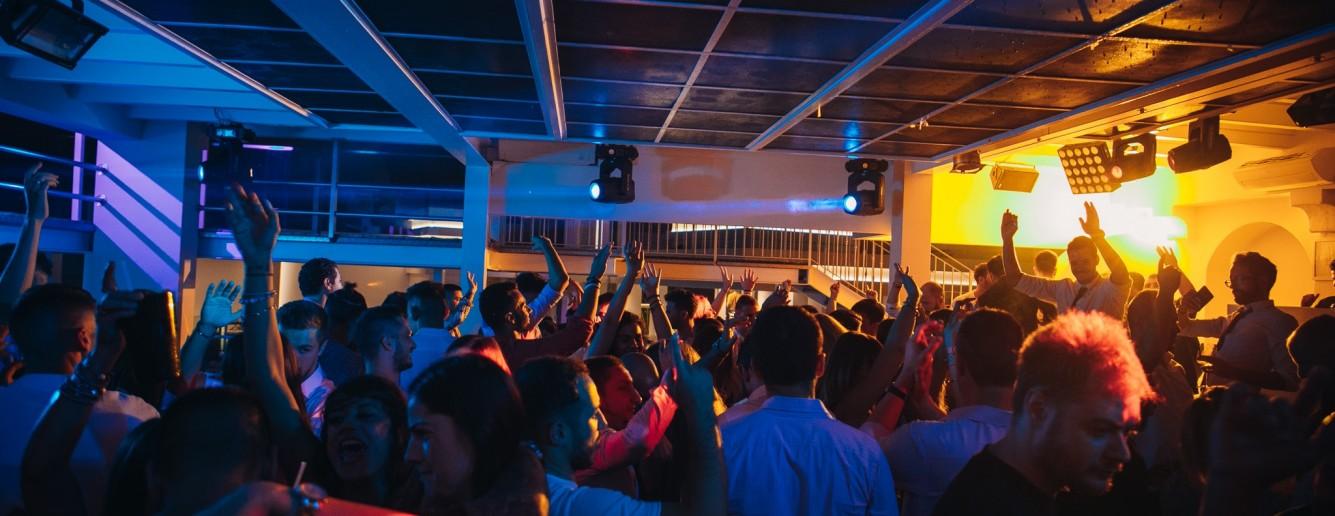 Moor, discoteca con ristorante a Pogliano Milanese, Ex Fellini!