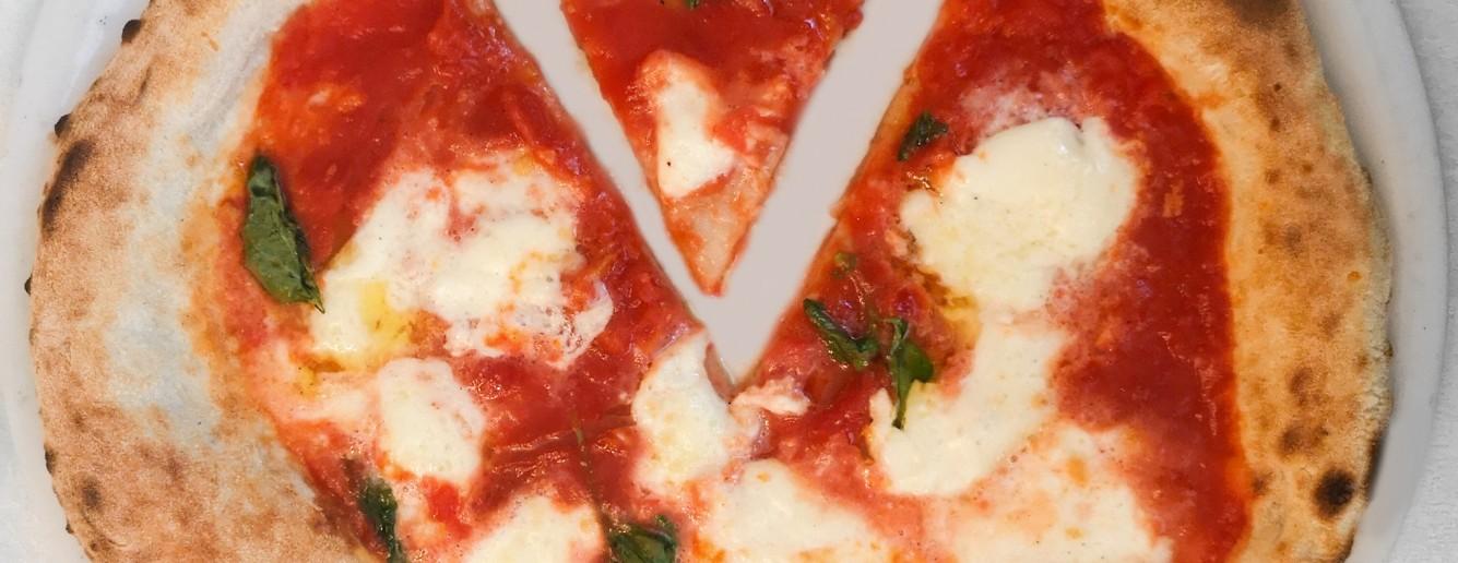 Ristorante Pizzeria Paradise a Chiesanuova, Brescia