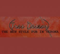 Tres Deseos Pub