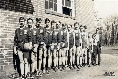 1937-1938 BASKET BALL SQUAD, MELBER, GRAVES COUNTY, KENTUCKY
